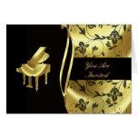 Invitación de oro elegante del piano de cola felicitación