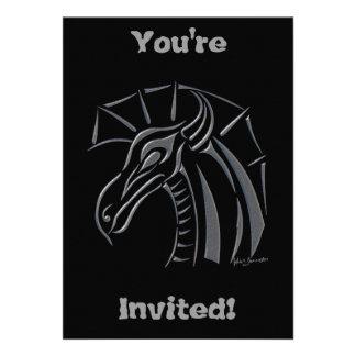 Invitación (de plata) con cresta del dragón