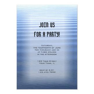 Invitación de uso múltiple ondulada del fiesta del