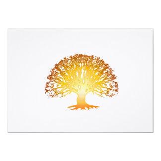 Invitación del árbol que brilla intensamente