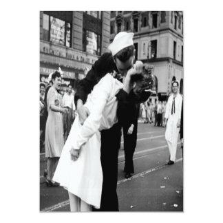 Invitación del beso del vintage que se besa