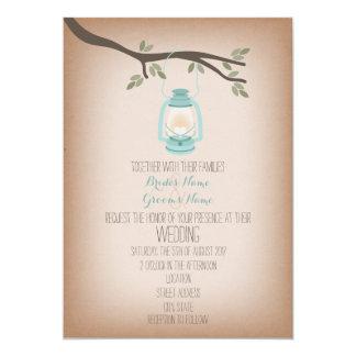 Invitación del boda de la linterna que acampa azul invitación 12,7 x 17,8 cm