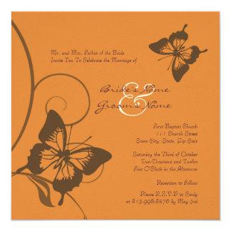 Invitación del boda de la mariposa de Brown y del