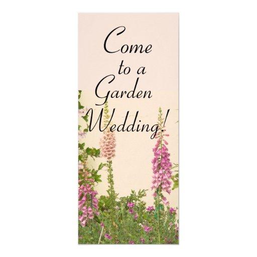 Invitación del boda del jardín del Foxglove