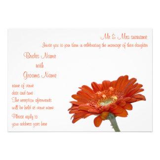 Invitación del boda - flor del Gerbera de la marga