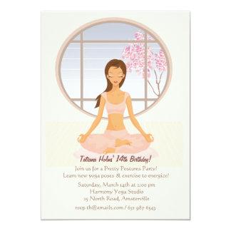 Invitación del chica de la yoga invitación 12,7 x 17,8 cm