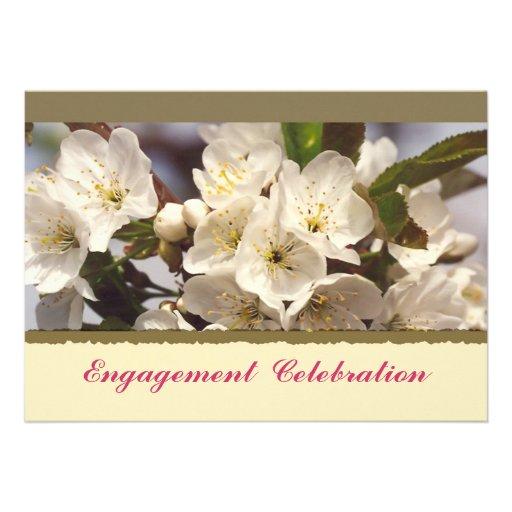 Invitación del compromiso de las flores de cerezo