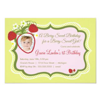 Invitación del cumpleaños de la foto de la fresa