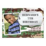 Invitación del cumpleaños de la placa de