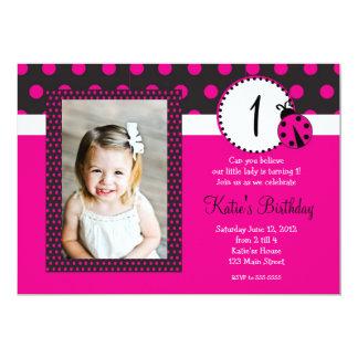 Invitación del cumpleaños de la señora rosada
