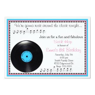 Invitación del cumpleaños de los años 50 del salto