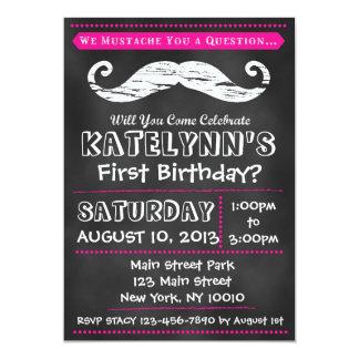 Invitación del cumpleaños del bigote de la pizarra