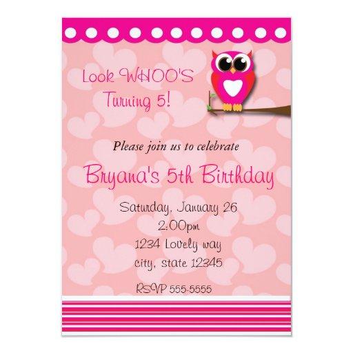 Invitación del cumpleaños del búho del corazón del