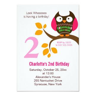 Invitación del cumpleaños del búho para el
