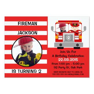 Invitación del cumpleaños del coche de bomberos de