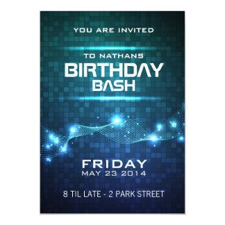 Invitación del cumpleaños del estilo del club de