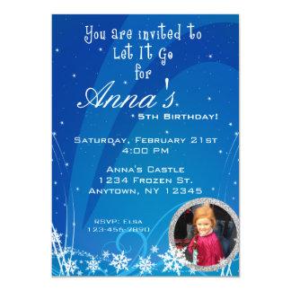 Invitación del cumpleaños del invierno con la
