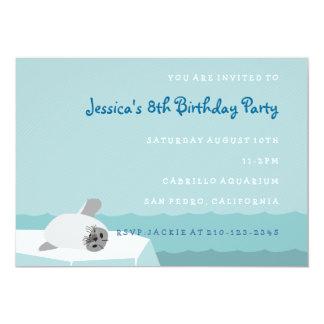 Invitación del cumpleaños del sello de los niños
