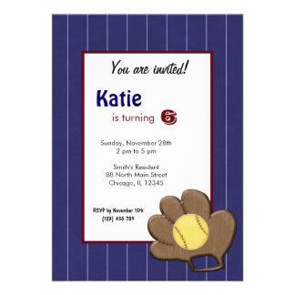 Invitación del cumpleaños del softball