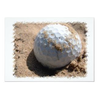 Invitación del diseño del hoyo de arena del golf