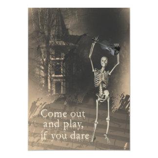 Invitación del fiesta de Halloween, esqueleto con