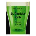 Invitación del fiesta del día de St Patrick verde