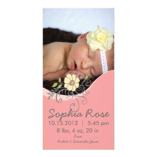 Invitación del nacimiento de la niña en rosa y ama tarjetas fotograficas personalizadas