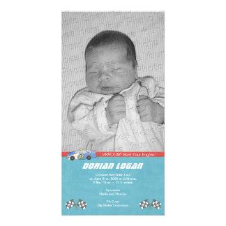 Invitación del nacimiento del coche de carreras plantilla para tarjeta de foto