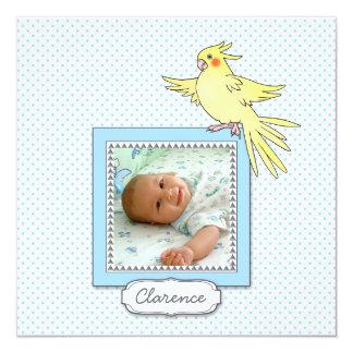 Invitación del nacimiento del pájaro de la foto