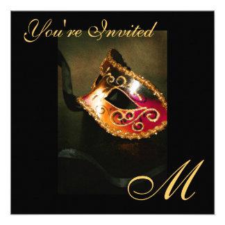 Invitación del oro del monograma de la máscara de