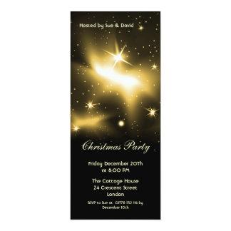 Invitación delgada con las estrellas del oro