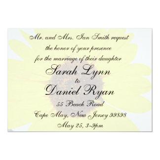 Invitación descolorada del boda del girasol