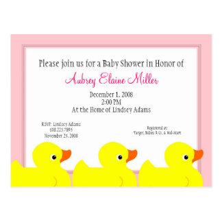 Invitación Ducky de goma rosada de la ducha Postales
