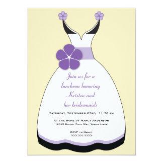 Invitación dulce del vestido de boda de la púrpura invitación 13,9 x 19,0 cm