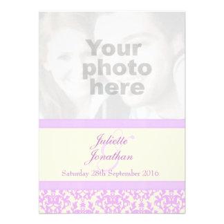 Invitación elegante del boda de la lila y de la cr
