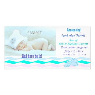 Invitación en colores pastel linda del bebé del co tarjeta personal con foto