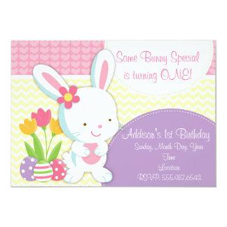 Invitación femenina adorable del cumpleaños del