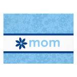 Invitación floral azul alegre del día de madre