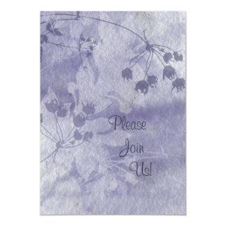 Invitación floral azul del boda