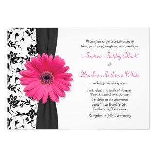 Invitación floral blanca negra rosada del boda de