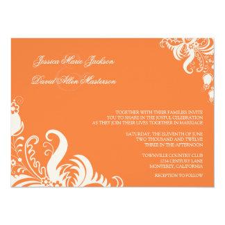 Invitación floral color de rosa coralina del boda