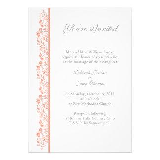 Invitación floral coralina de Weding de la guirnal