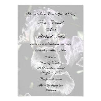Invitación floral del boda de los pares elegantes