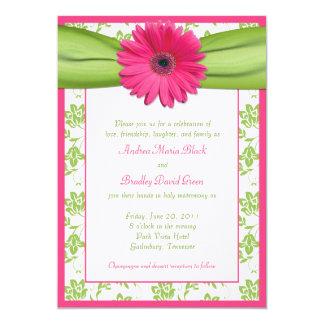Invitación floral del boda del damasco del rosa y