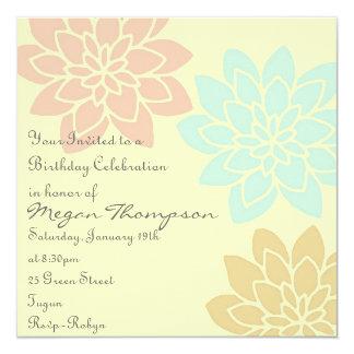 Invitación floral del cumpleaños del multicolor