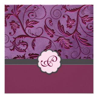 Invitación floral del monograma del escarlata
