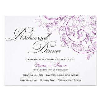 Invitación floral púrpura elegante de la cena del