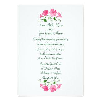Invitación floral rosada bonita y delicada del