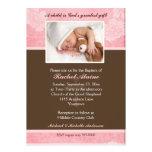 Invitación floral rosada del bautismo de la foto