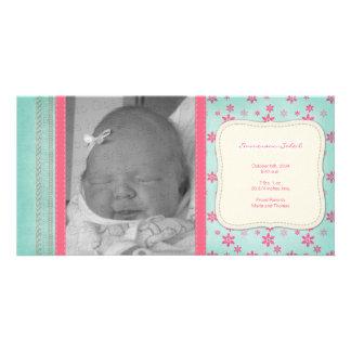 Invitación floral rosada del nacimiento del vintag plantilla para tarjeta de foto